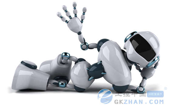 上海经济评论:美军大狗机器人非常灵敏,中国此类机器人如何?      曲道奎:中国也在做,山东大学、北理工都在做,新的已经不是大狗的概念。现在已经把脑袋和脖子都做上,有了指挥中枢,有了躯干,运行的时候,脖子一扭,一甩头就出去了,是完全不同的产品。现在我们公司的特种机器人能负重30吨。      上海经济评论:未来的机器人应用前景如何?      曲道奎:机器人改变制造模式、改变战争模式,还要进入家庭应用。美军规划到2015年三分之一的地面任务由机器人完成,机器人已经不是简单的机械运作,而是跟数据