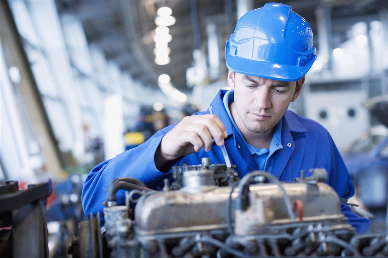电子镇流器除少部分采用镇流器专用集成电路的高级品外