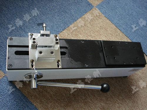 线束端子拉力试验机未安装时的图片